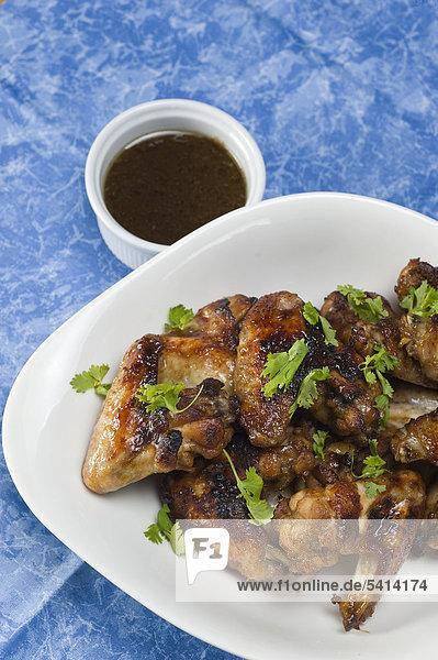 Marinierte Chicken Wings mit Koriander - Rezeptdatei vorhanden