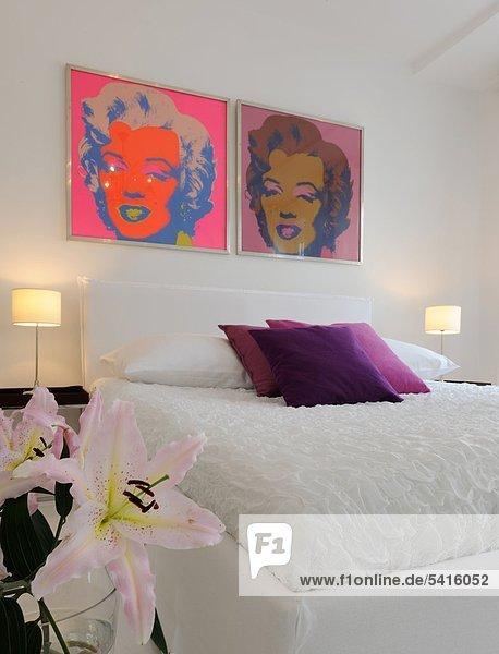Menschlicher Vater über Schlafzimmer Bett Kunst modern
