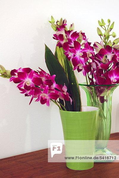 Blumenstrauß mit Orchideen