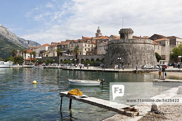 Port of Korcula with castle and city walls  central Dalmatia  Dalmatia  Adriatic coast  Croatia  Europe  PublicGround