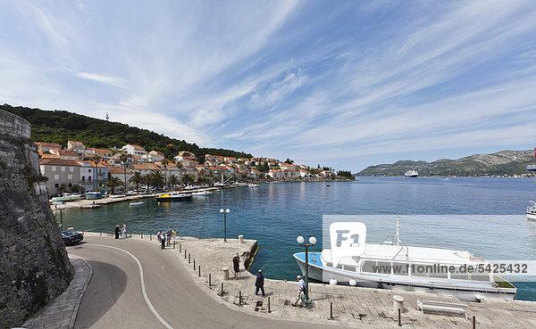 View of the port of Korcula  central Dalmatia  Dalmatia  Adriatic coast  Croatia  Europe  PublicGround