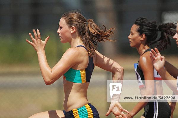 Athleten im Rennen