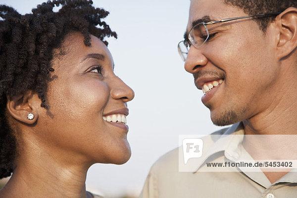 Portrait eines Paares von Angesicht zu Angesicht