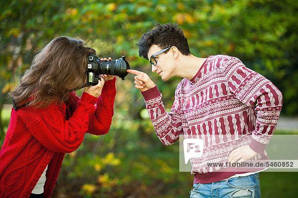 Jugendlicher  Freund  Fotografie  nehmen  Mädchen