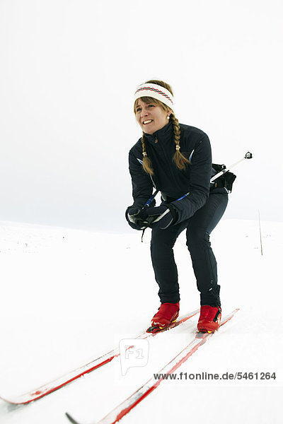hocken - Mensch  Frau  Skisport