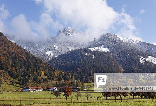 Wendelstein  Ortsteil Dorf der Gemeinde Bayrischzell  Mangfallgebirge  Oberbayern  Bayern  Deutschland  Europa  ÖffentlicherGrund