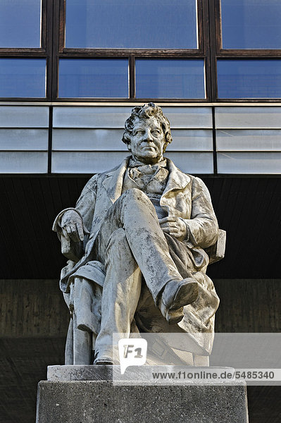 Statue of Georg Simon Ohm in front of the Technical University Munich  TU  Munich  Bavaria  Germany  Europe