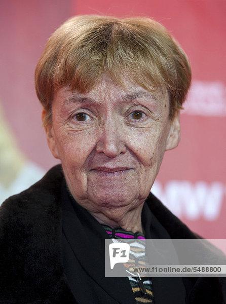 Schriftstellerin Christine Nöstlinger bei einem Fototermin in München  Bayern  Deutschland  Europa