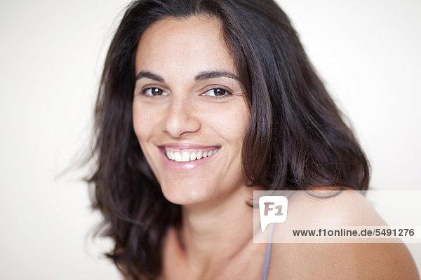 Frau lächelt  Porträt