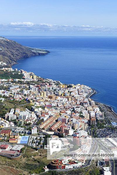 Blick von Mirador de la Concepción über Santa Cruz de la Palma  Hauptstadt von La Palma  Kanaren  Kanarische Inseln  Spanien  Europa  ÖffentlicherGrund