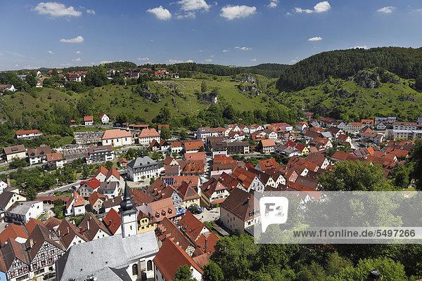 Pottenstein  Blick von Burg  Fränkische Schweiz  Oberfranken  Franken  Bayern  Deutschland  Europa
