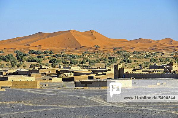 Merzouga  Marokko  Afrika  ÖffentlicherGrund