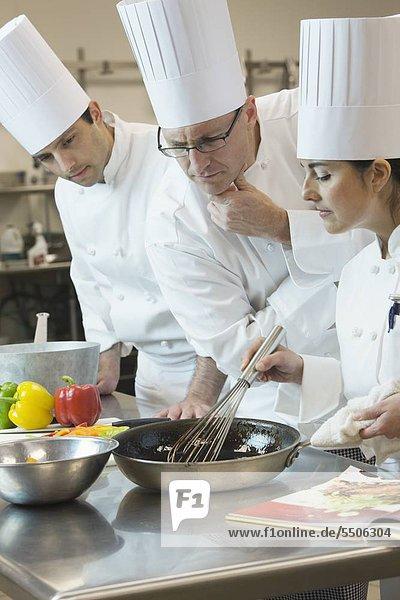 Chefkoch Inspektion Kochtechniken