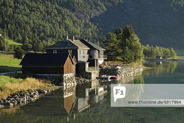 Wasserrand Europa Gebäude See Norwegen Sogn og Fjordane