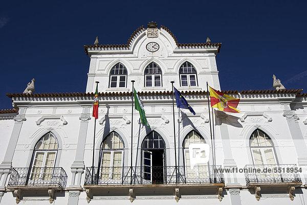 Rathaus  Evora  UNESCO Welterbe  Alentejo  Portugal  Europa