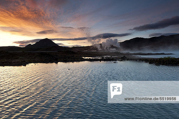 Energiegewinnung  geothermale Energie  nahe M_vatn  Nordisland  Island  Europa