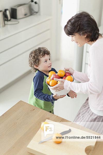 Sohn  Frucht  Küche  Mutter - Mensch