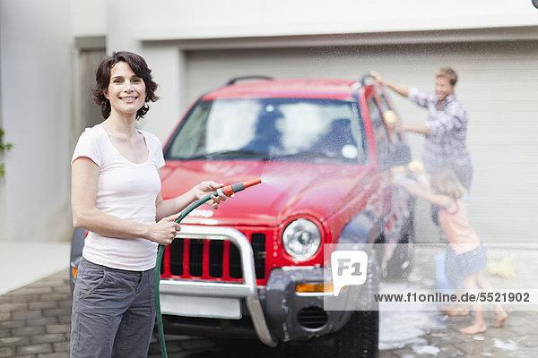 Zusammenhalt Auto waschen