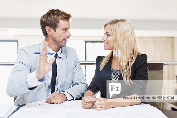 Zusammenhalt  Mensch  Menschen  arbeiten  Business