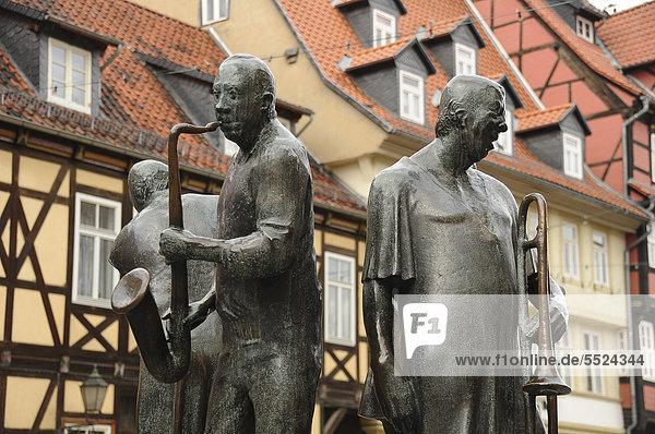 Musikerskulpturen in Wernigerode im Harz  Sachsen-Anhalt  Deutschland  Europa Musikerskulpturen in Wernigerode im Harz, Sachsen-Anhalt, Deutschland, Europa