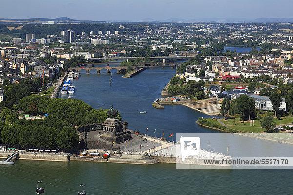 Deutsches Eck mit Kaiser-Wilhelm-Denkmal  Koblenz  Deutschland Deutsches Eck mit Kaiser-Wilhelm-Denkmal, Koblenz, Deutschland