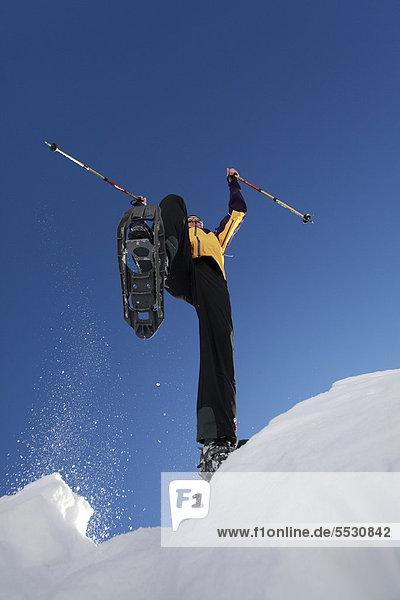 Schneeschuhgänger auf der Fanes-Alm  St. Vigil  Südtirol  Italien  Europa