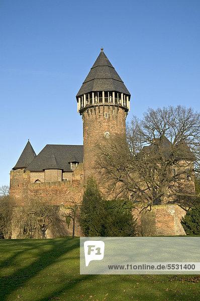 Burg Linn  Wasserschloss  Krefeld-Linn  Nordrhein-Westfalen  Deutschland  Europa