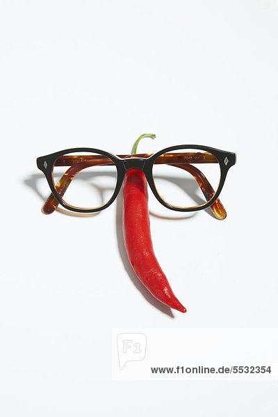 Brille und Peperoni