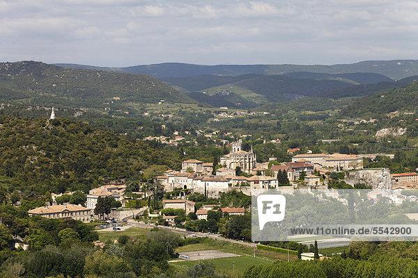 Viviers  Rhonetal  Ardeche  Frankreich  Europa