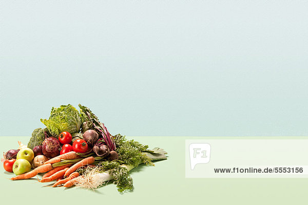 Stapel frisches Gemüse
