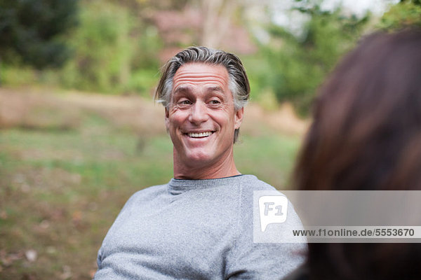 Mann lächeln reifer Erwachsene reife Erwachsene