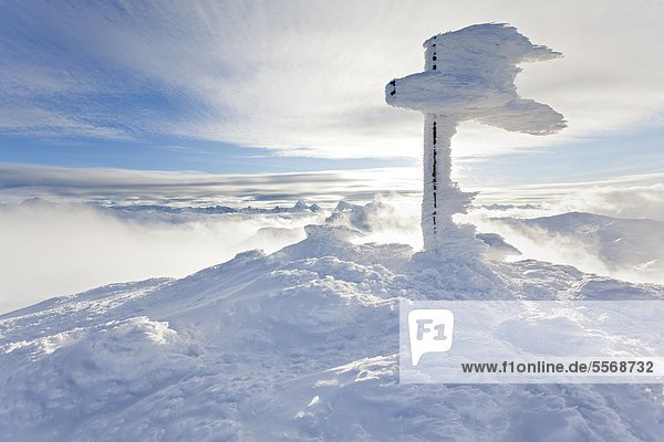 Gipfelkreuz am Salzburger Hochthron am Untersberg  Alpen