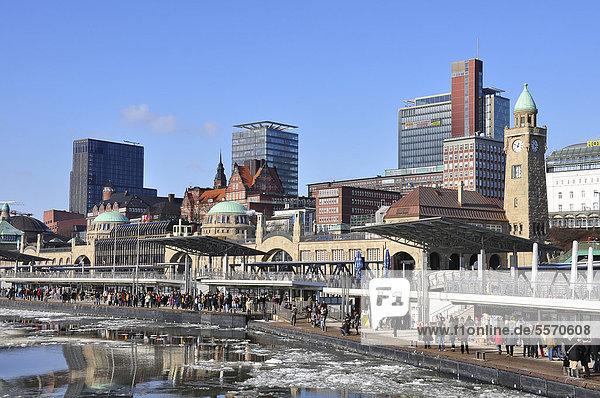 Port of Hamburg in the winter  Hamburg  Germany  Europe