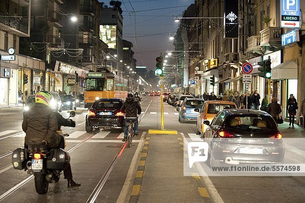 Italien  Lombardei  Mailand  Verkehr in Corso Vercelli