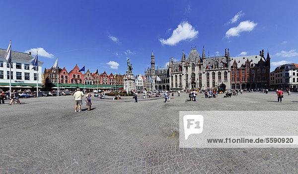 Landesregierungs-Palast  Provinciaal Hof Landgericht  Grote Markt Marktplatz  Altstadt von Brügge  UNESCO Weltkulturerbe  Westflandern  Flämische Region  Belgien  Europa