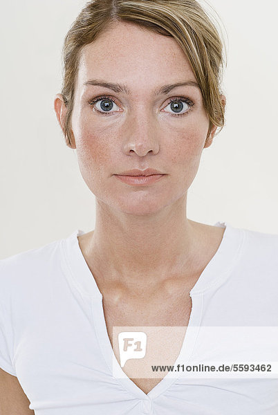 Porträt einer jungen Frau  Nahaufnahme