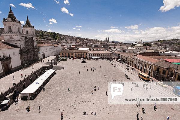 Plaza de San Francisco  Quito  Ecuador