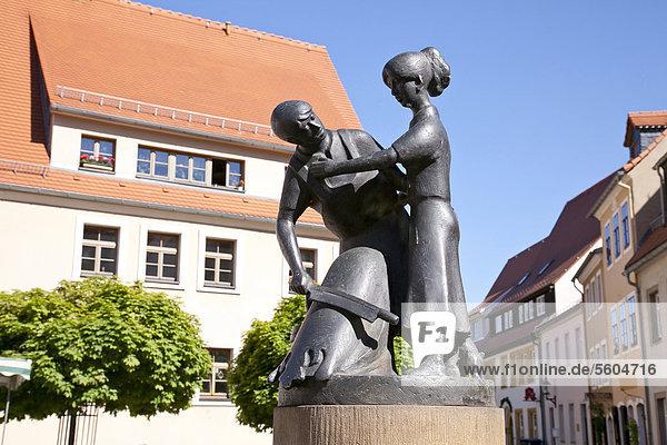 Gerberbrunnen auf dem Untermarkt  Freiberg  Erzgebirge  Sachsen  Deutschland  Europa