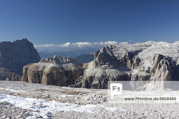 Aussicht vom Sass Pordoi  Sella-Gruppe  Sellaronda  Dolomiten  Italien  Europa