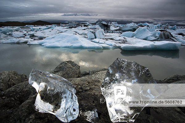 Eiskristalle  Gletscherlagune Jökuls·rlÛn  Vatnajökull Gletscher  Austurland  Ost-Island  Island  Europa
