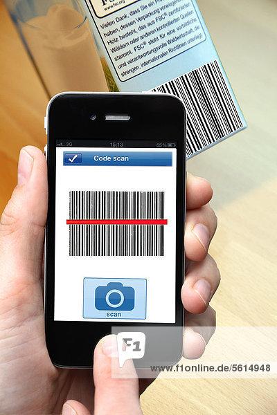 Barcode-Reader  Einlesen eines Barcodes  Strichcodes auf einem Produkt  mit einem Smartphone  iphone