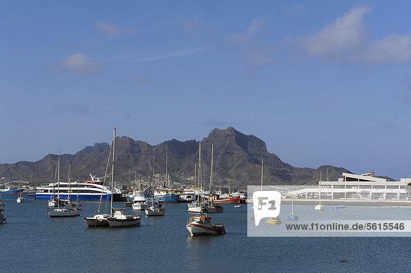 Hafenbucht von Mindelo  Sao Vicente  Kapverden  Afrika
