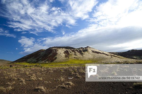 Volcanic cone on the Berserkjahraun lava field  SnÊfellsnes peninsula  Snaefellsnes  Iceland  Europe