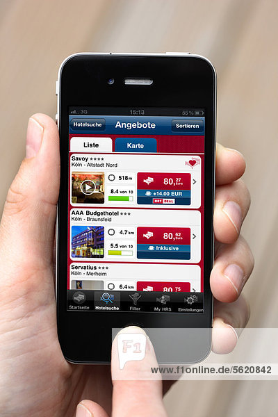 Iphone  Smartphone  App auf dem Display  Hotelbuchungs-Portal HRS