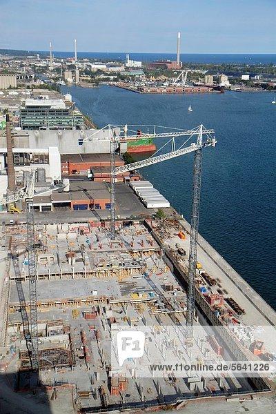 Kranich  Baustelle  Hafen  Ontariosee  Lake Ontario  Kanada  Turmkran  Industriegebiet  Ontario  Toronto