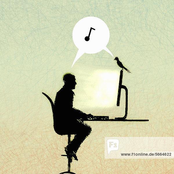 Musiknote in Sprechblase zwischen Mann und Vogel auf einem Computer