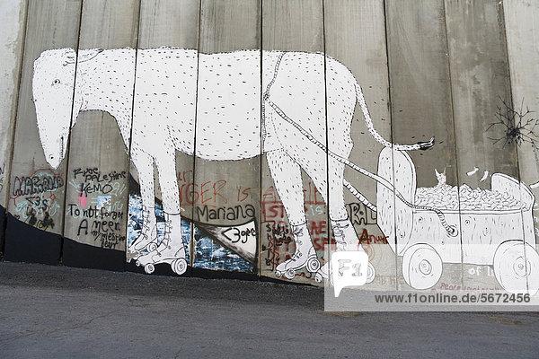 Banksy Graffiti auf der Mauer  israelischen Sperranlagen  Bethlehem  Palästina  West-Asien