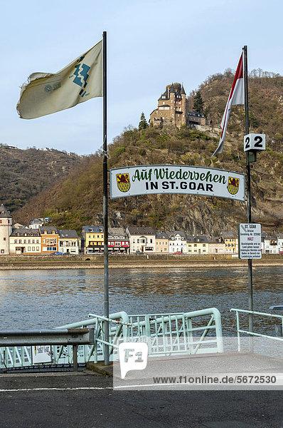 Anlegestelle der Fähre in St. Goar  der Rhein und die Burg Katz  Oberes Mittelrheintal  UNESCO-Welterbe  Rheinland-Pfalz  Deutschland  Europa