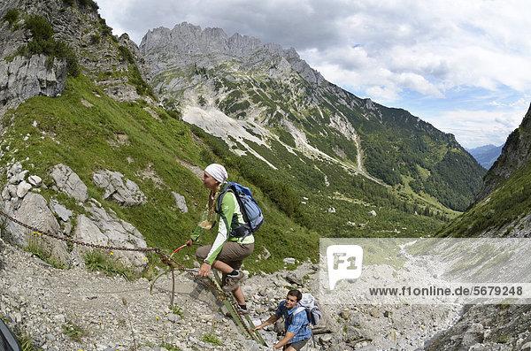 Europa  Berg  Lodge  Landhaus  wandern  Österreich  Tirol  Weg