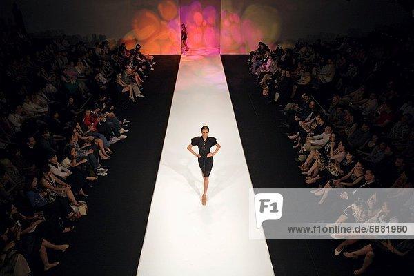 Mode  Show  Singapur Mode ,Show ,Singapur